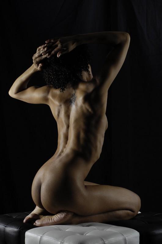 Images nues du modèle